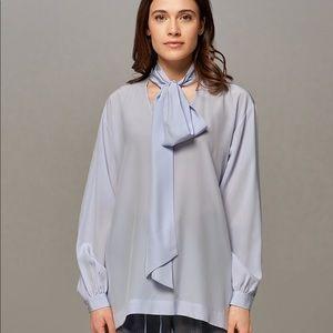 Eleventy Blue Silk Long Sleeve Peasant Blouse
